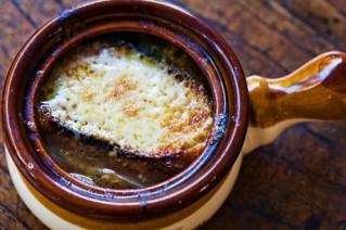 zuppa di cipolle e formaggio, ricette, intolleranti